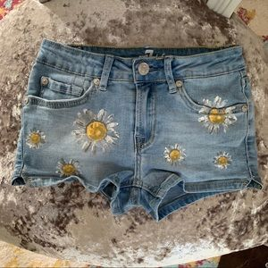7 For All Mankind Girls Daisy 10 Jean Shorts